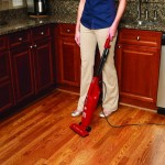 lightweight-upright-vacuum-for elderly